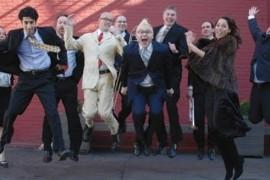 Pink Martini isi invita fanii sa realizeze clipul piesei preferate