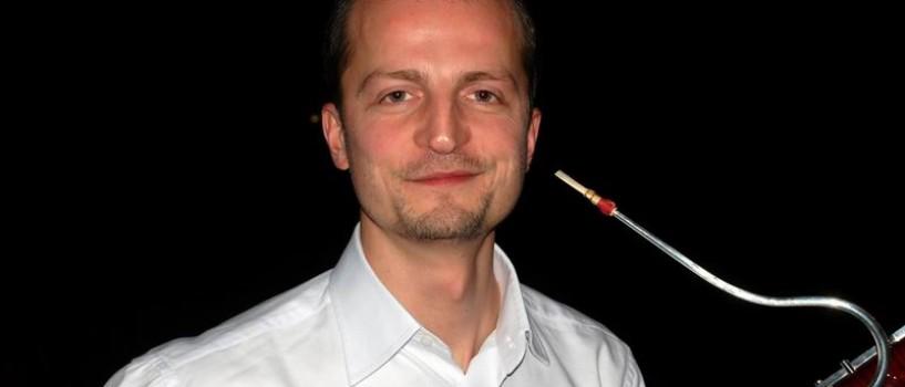 """Laurentiu Darie a experimentat """"sunetul pur"""" alaturi de YouTube Symphony Orchestra 2011"""