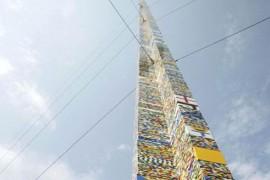 Brazilienii au construit cel mai mare turn Lego din lume!