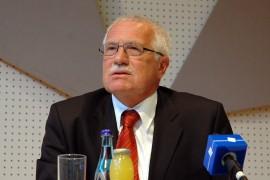 Scandalos!!! Presedintele ceh fura un stilou!