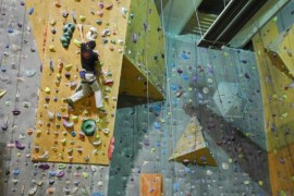 Yogilates, escalada si accesorii asiatice la B'ESTFEST 2011!