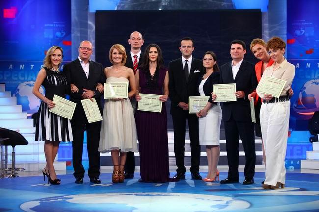 8 premii APTR pentru jurnalistii de la Antena 1 si Antena 3!