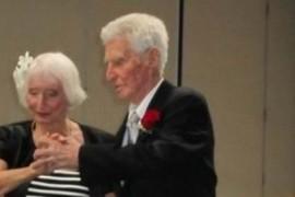 Rose si Forrest au impreuna 190 de ani si sunt proaspat casatoriti!