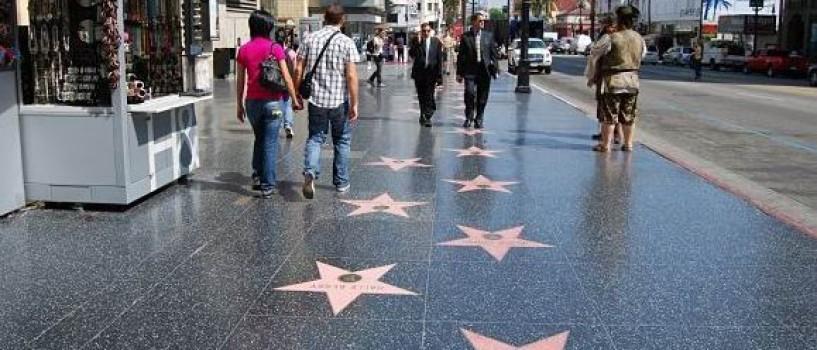 Cand ajungeti la Madrid, nu ratati o plimbare pe Walk of Fame!