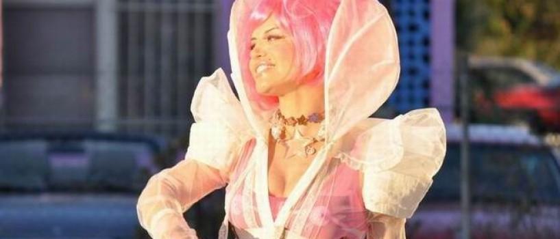 """Loredana a lansat videoclipul piesei """"Rain, Rain"""" in format 3D!"""