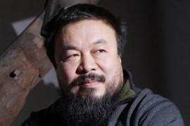 Ai Weiwei: persecutat de chinezi, onorat de britanici!