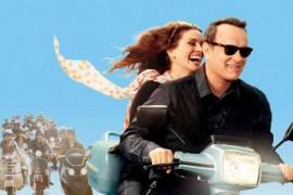 """Tom Hanks a invatat sa mearga pe scuter pentru rolul din """"Larry Crowne"""""""