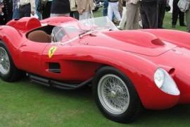 Un Ferrari s-a vandut contra sumei record de 16,4 milioane de dolari!