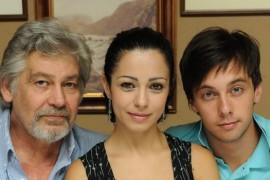 """Ambasadorul american in Bulgaria a innebunit Washington-ul cu serialul """"Casa de sticla"""""""