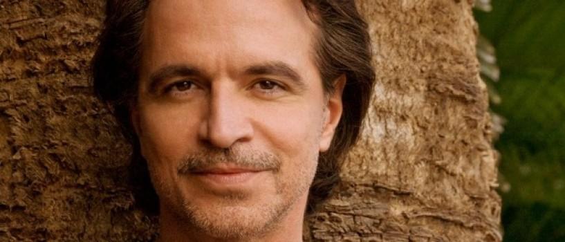 """Bilete """"Diamond VIP"""" pentru concertul Yanni"""