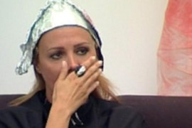 Dana Savuica are parte de o vizita foooooarte sinistra la hair stylist!