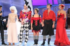 Belly-dance si costume spectaculoase, vineri seara, la Dansez pentru tine!