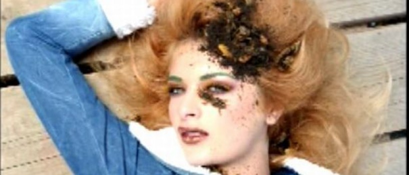 Concurentele Next Top Model pozează printre viermi, coropişniţe, râme şi peşti vii