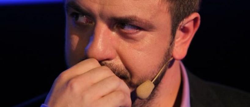 Horia Brenciu se desparte in lacrimi de primii concurenti eliminati de la Vocea Romaniei!