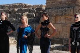 Protagonistele Next Top Model defilează în premieră mondială printre ruinele din Cartagina!