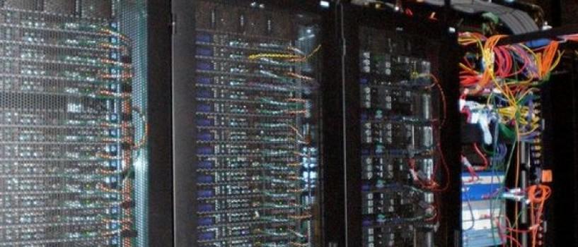 Oamenii de stiinta lucreaza la super-computerul care poate prevede viitorul!