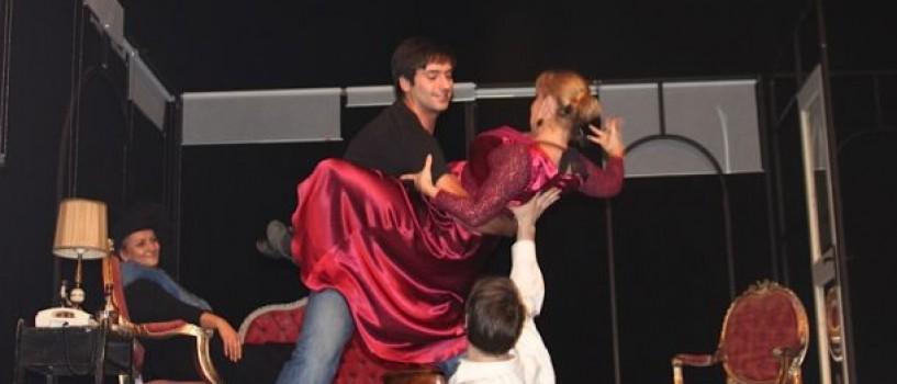 Radu Valcan debuteaza in teatru!