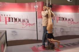 Fetele stau si in cap numai sa ajunga Next Top Model!