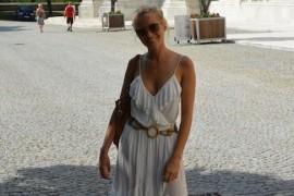 Laura Cosoi a vizitat o ferma de fluturi din Viena!