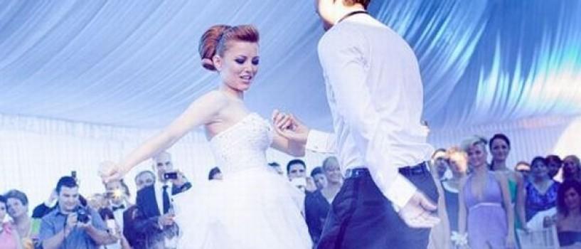 In ziua nuntii, Elena Gheorghe a primit un cadou special de la mama ei!
