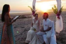 Doi britanici s-au casatorit intr-un an cat altii in 22 de vieti. Si nuntile continua!