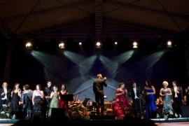OPERA iese din nou in strada! Pe 1 septembrie are loc a VI-a editie a Promenadei Operei!