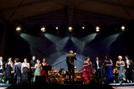 Vlad Miriţă si prim-balerina Monica Petrică sunt gazdele Promenadei Operei 2012!