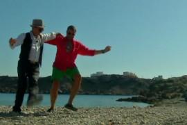 Cătălin Botezatu invata cu instructor sa danseze Zorba Grecul