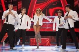 Oana Ionita si Roxana Ionescu au facut striptease de 10 pe linie