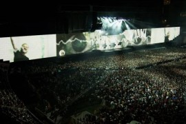Vineri se pun in vanzare biletele pentru super-concertul Roger Waters – The Wall!