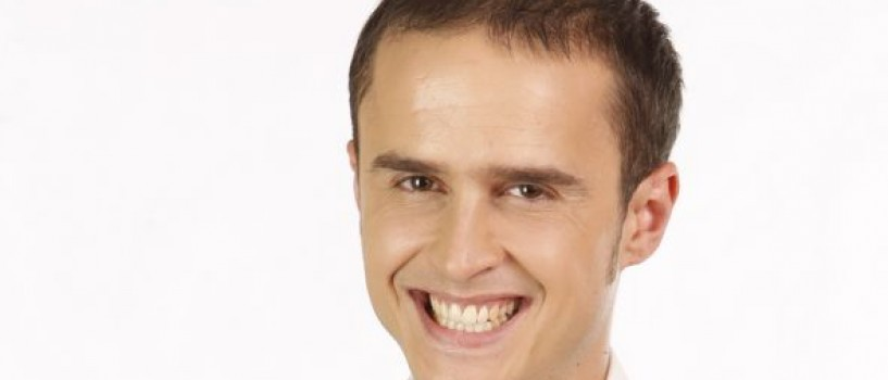 Daca trece de duel, Serban Copot se vopseste blond