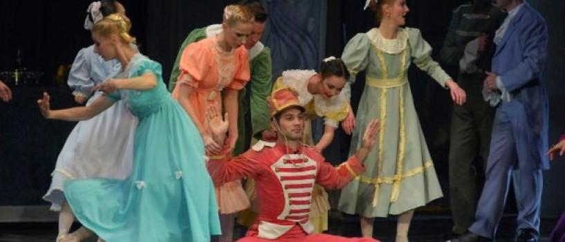 De Moş Nicolae, dirijorul Tiberiu Soare vă invită la o călătorie în lumea poveştilor