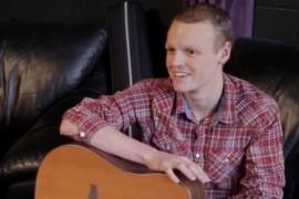 Cantecul de adio al unui adolescent de 17 ani a devenit hit pe YouTube