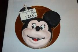 Australia vrea sa interzica copiilor sa sufle in lumanarile de pe tort!