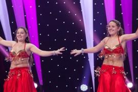 Două gemene dansatoare de belly dance vor dansa la nunta lui Mihai Bendeac!