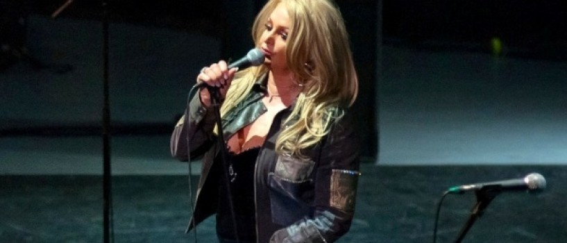 Bonnie Tyler reprezinta Regatul Unit anul acesta la Eurovision