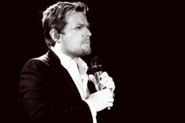 Show-ul Eddie Izzard – aproape sold out!