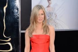 Jennifer Aniston se pregateste intens de nunta