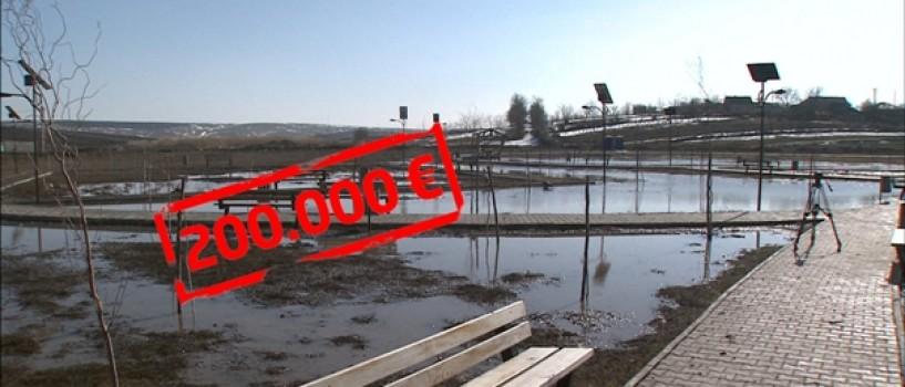 900.000.000 de euro au risipit în patru ani consiliile judeţene şi primăriile