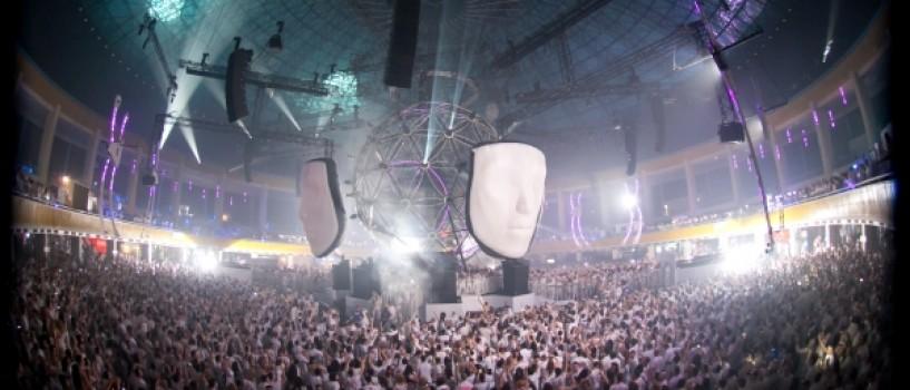 Sensation: Source of Light, spectacol senzational, aseara, la Romexpo!