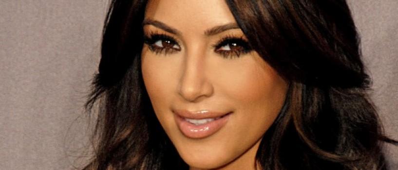 Fetita lui Kim Kardashian si a lui Kanye West s-a grabit sa vina pe lume!