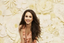 Troian Bellisario s-a suparat pe producatorii Game of Thrones