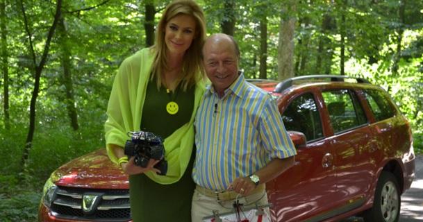 Traian Basescu fata cu noua Dacia Logan MCV, duminica, la Pro Motor!