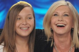 A cântat cu Anastacia şi Olivia Newton John, iar duminica vine la X Factor!