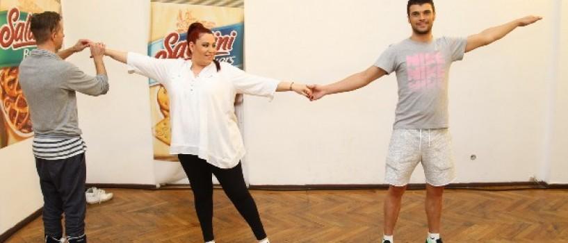Oana Roman si burtica ei de 6 luni, sustin proba de gratie la Dansez pentru tine!