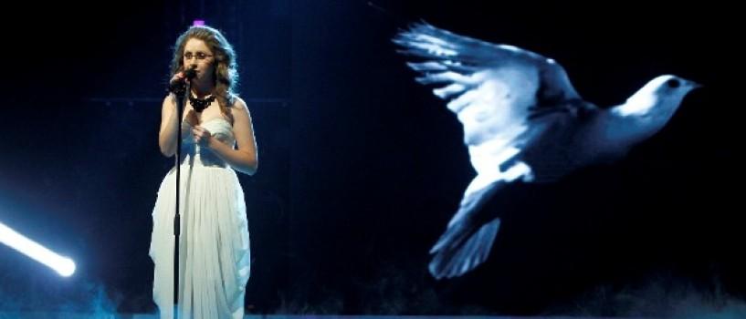 Fosta concurenta X Factor, Petra, va putea vedea din nou!