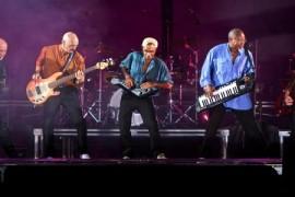 Peter Gabriel vine la Bucuresti cu band-ul alaturi de care canta acum 25 de ani!