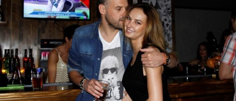 Dragoste mare intre Roxana Ionescu si iubitul ei!