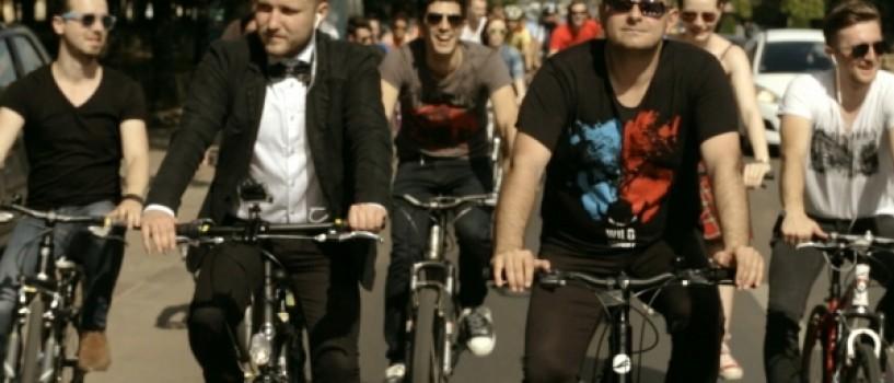 GRIMUS arunca in aer Casa Poporului in cel mai nou videoclip al trupei!