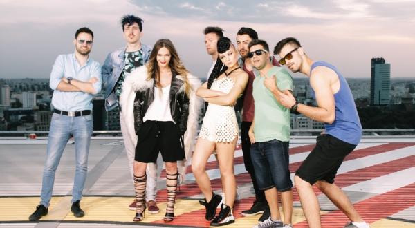 Adela Popescu lanseaza un nou videoclip, Curaj